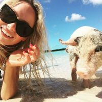 Bahamas // Swimming with the pigs in Great Exuma