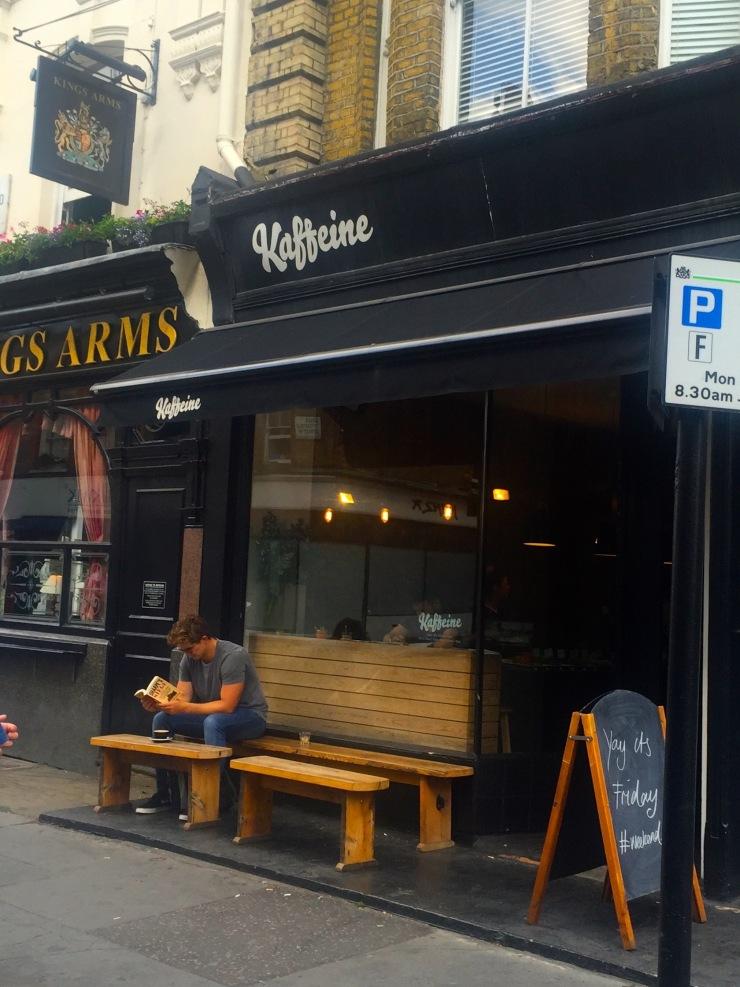 London : Coffee, Kensington & High Tea with the Queen03