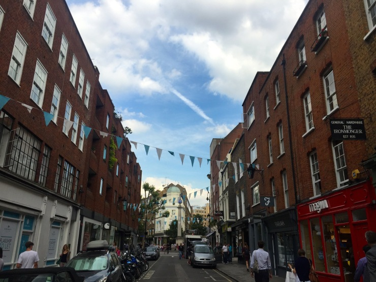 London : Coffee, Kensington & High Tea with the Queen22