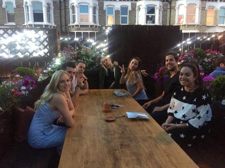 London : Coffee, Kensington & High Tea with the Queen36
