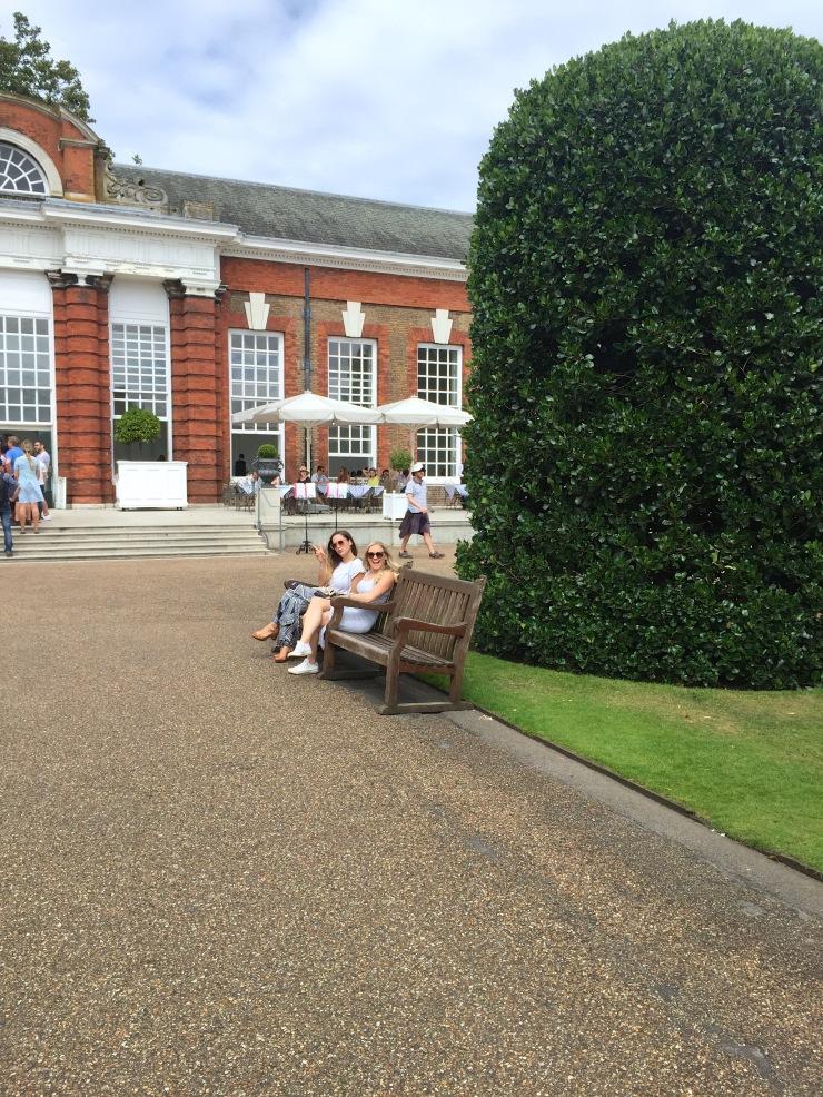 London : Coffee, Kensington & High Tea with the Queen39