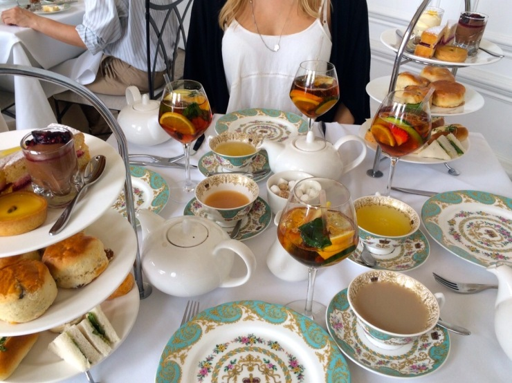 London : Coffee, Kensington & High Tea with the Queen43